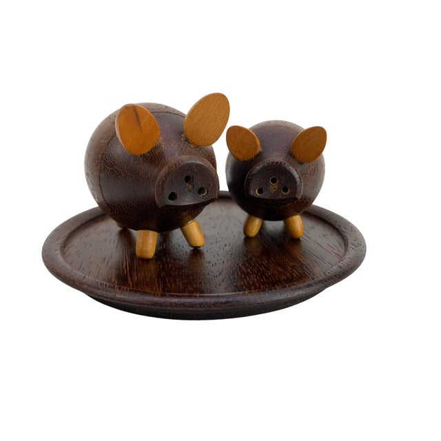 Handmade Walnut Pig Salt & Pepper Shakers on Tray For Sale - Image 9 of 9