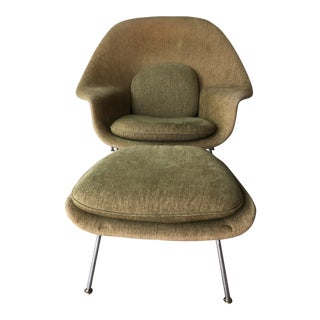 Eero Saarinen Knoll Womb Chair and Ottoman For Sale