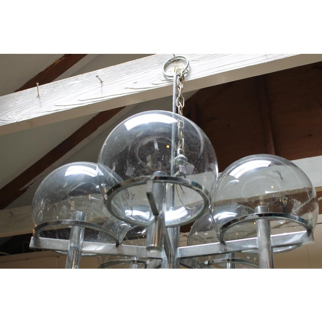 Gaetano Sciolari Chrome & Smoked Glass Five-Arm Chandelier For Sale In New York - Image 6 of 7
