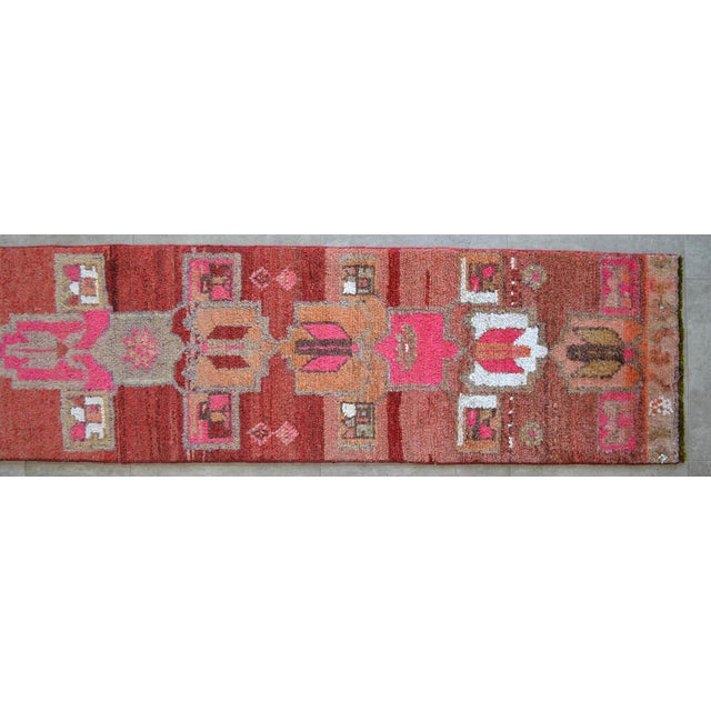Distressed Oushak Rug Runner - Hand Knotted Narrow Hallway Rug - 1′ 11″ × 12′ 2″ For Sale In Raleigh - Image 6 of 9