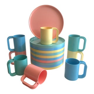 Vintage 1970's Heller Vignelli Rare Pastel Iconic Melamine Stacking Modernist Dinnerware - Set of 19 For Sale