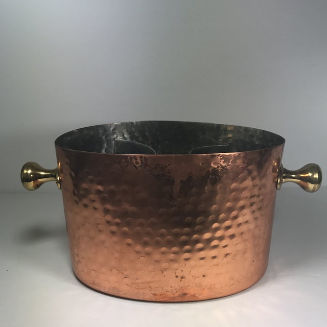 Vintage copper champagne bucket. Holds two bottles of wine or champagne. Divider is removable to provide more storage...