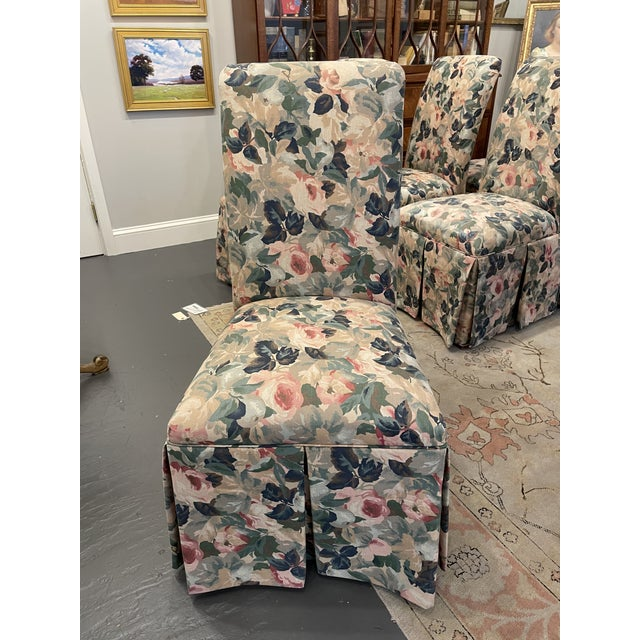 Transitional 1960s Vintage Floral Parson Style Side Chairs - Set of 4 For Sale - Image 3 of 7