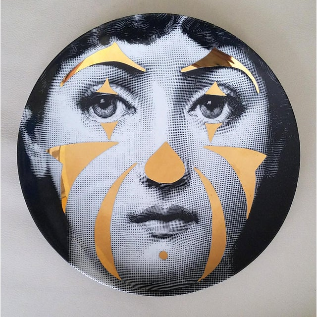 Atelier Fornasetti Gold Tema E Variazioni Plate, Number 122 - Image 2 of 4