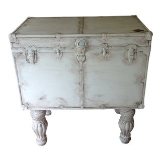 20th Century Shabby Chic White Steamer Trunk For Sale