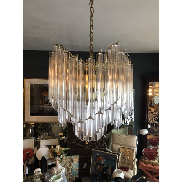 f7f0b388cd48 1960s Vintage Hollywood Regency Style Lucite Chandelier For Sale - Image 13  of 13