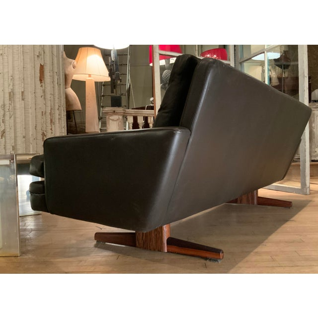 1960s Danish Leather and Rosewood Sofa by Fredrik Kayser For Sale - Image 9 of 10