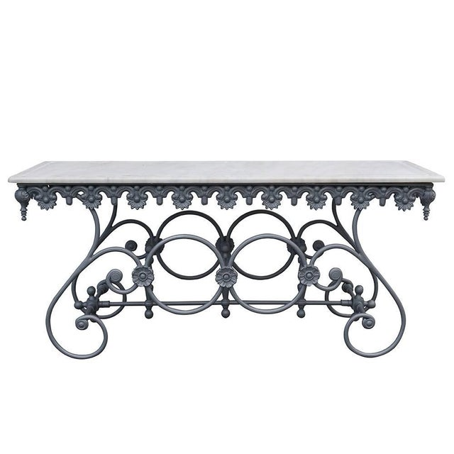 20th Century Italian Cast Iron and Carrara Marble Butcher Table For Sale - Image 4 of 4