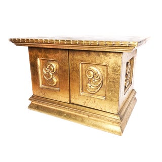 1960s Hollywood Regency Gold Gilt Solid Wood Accent Cabinet For Sale