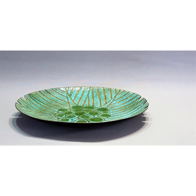 1960s Large Vintage Turquoise and Green Mid Century Modern Enamel Ashtray Bowl -- Boho Chic Hollywood Regency Haute Bohemian For Sale - Image 5 of 8