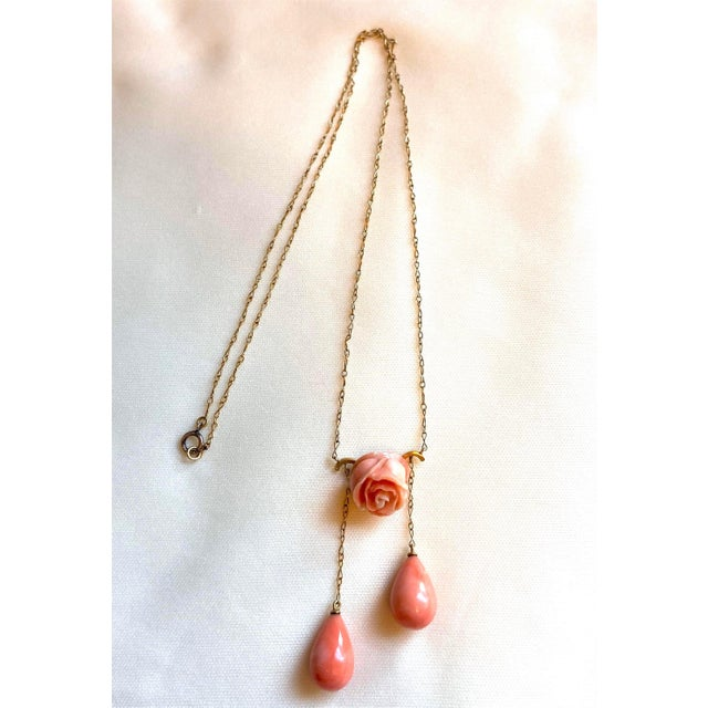 Art Nouveau 1910s Antique 14k Gold and Coral Necklace For Sale - Image 3 of 8