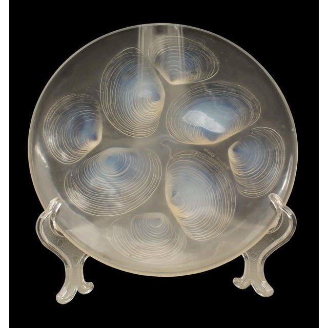 Art Deco French Art Deco Opalescent Round Glass Plate For Sale - Image 3 of 3