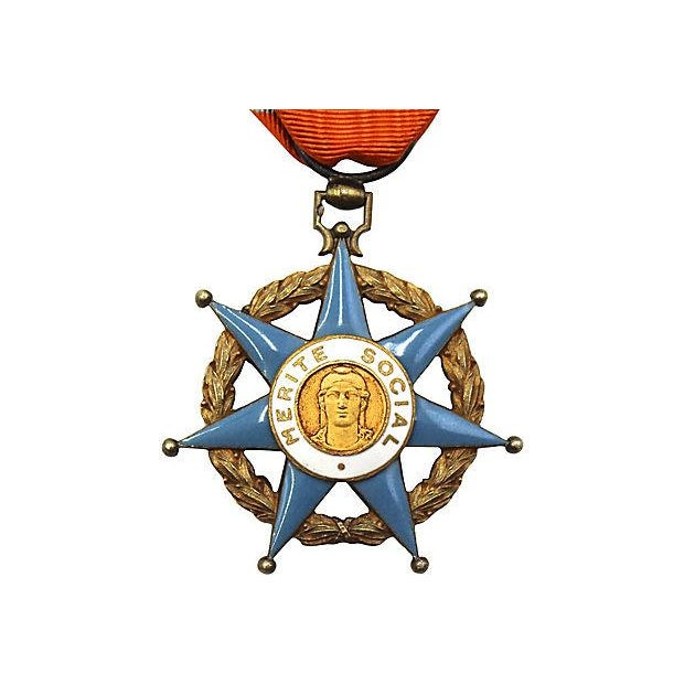 French Order of Social Merit Ornament - Image 2 of 3