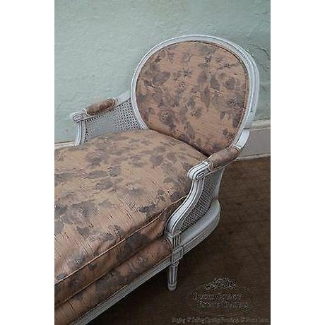 Quality French Louis XVI Style Painted Chaise Lounge For Sale - Image 9 of 13