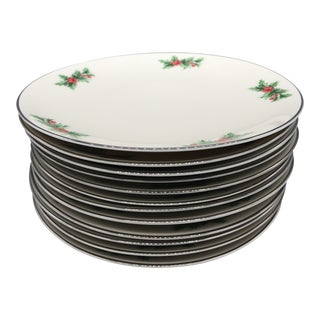 Triomphe Christmas Holly Dinner Plates - Set of 12