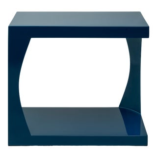 Embankment Side Table in Indigo Blue - Veere Grenney for The Lacquer Company For Sale