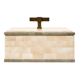 Steven Gambrel Collection T Handle Box Brass in Beige / Brass For Sale