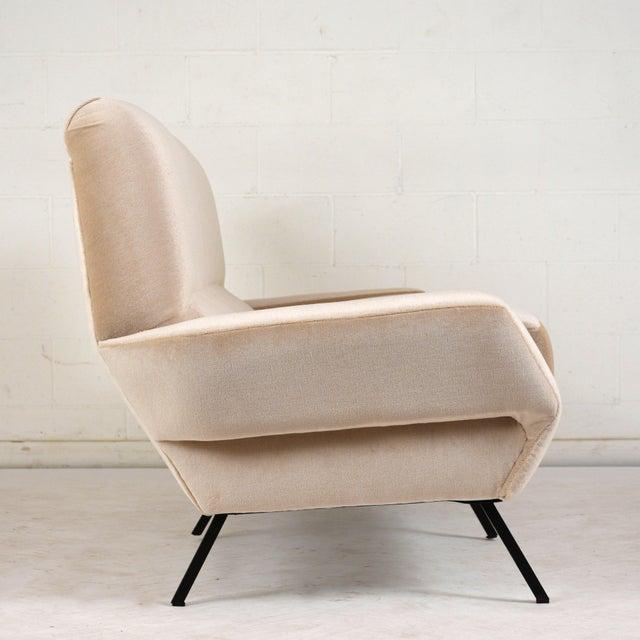 Italian Italian Mid-Century Modern Sofa For Sale - Image 3 of 9