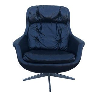 Mid Century Modern Black Leather Lounge Chair by Selig For Sale