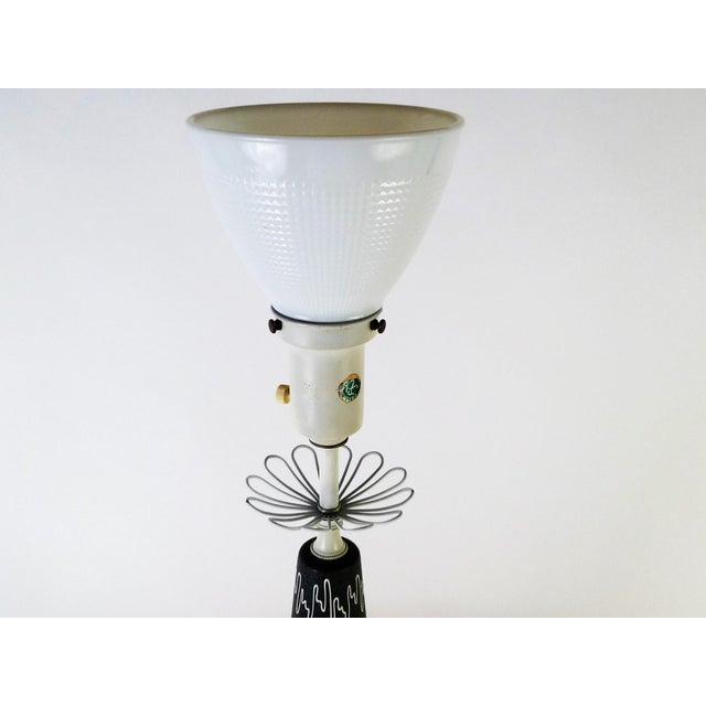 Gerald Thurston Mid-Century Modern Table Lamp for Lightolier, 1950s For Sale In Miami - Image 6 of 10