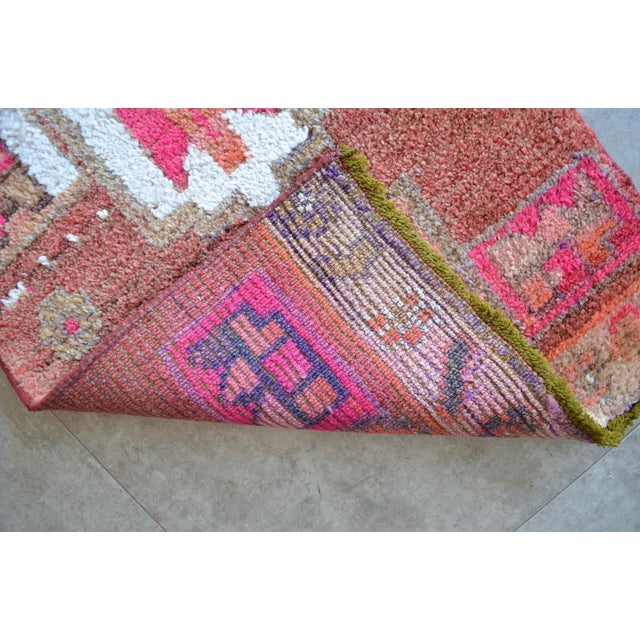 Hot Pink Distressed Oushak Rug Runner - Hand Knotted Narrow Hallway Rug - 1′ 11″ × 12′ 2″ For Sale - Image 8 of 9