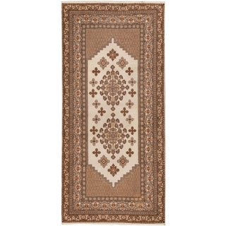 """Hand-knotted Persian Rug, 3'4"""" x 7'"""