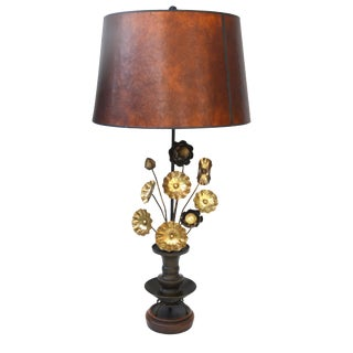 Lovely Vintage Bronze Table Lamp For Sale