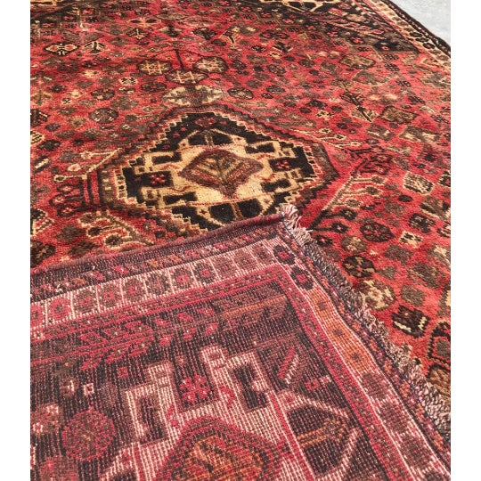 """1950s Traditional Shiraz Wool Rug - 5'3""""x7'10"""" For Sale - Image 4 of 5"""