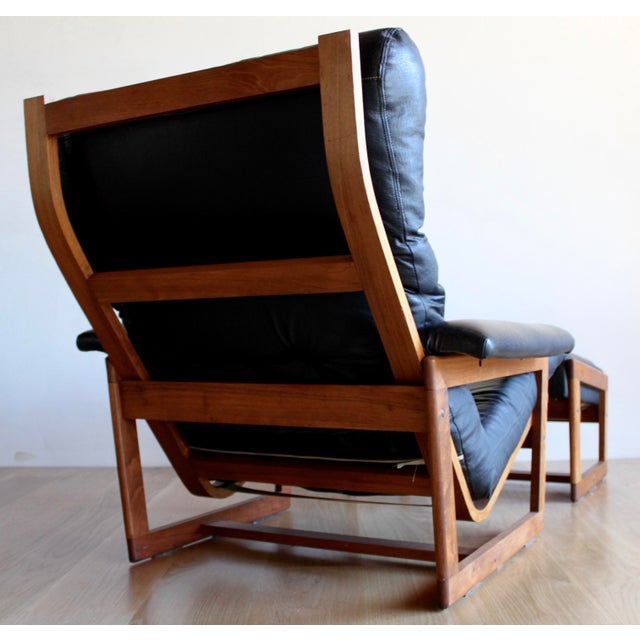 Bentwood Swedish Mid Century Lennart Bender for Ulferts Mobelfabrik Walnut Bentwood Lounge Chair and Ottoman Danish Style - a Pair For Sale - Image 7 of 9