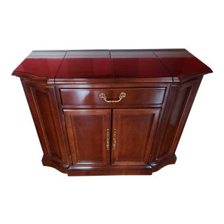 Vintage Bernhardt Mahogany Server/Bar Mobile Cabinet For Sale