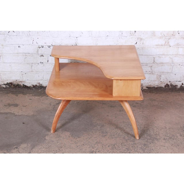Contemporary Heywood Wakefield Mid-Century Modern Solid Maple Corner End Table, 1950s For Sale - Image 3 of 11