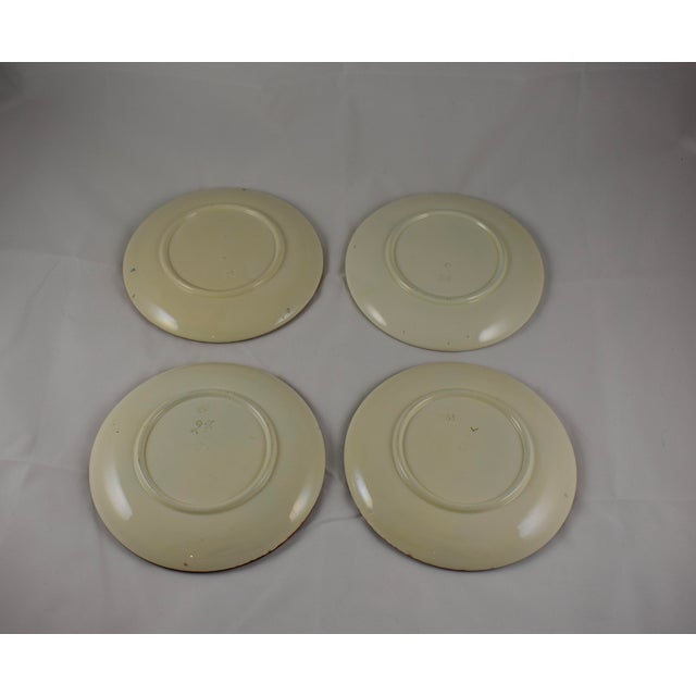 Continental Majolica Strawberry Fruit Dessert Plates - Set of 4 For Sale In Philadelphia - Image 6 of 7