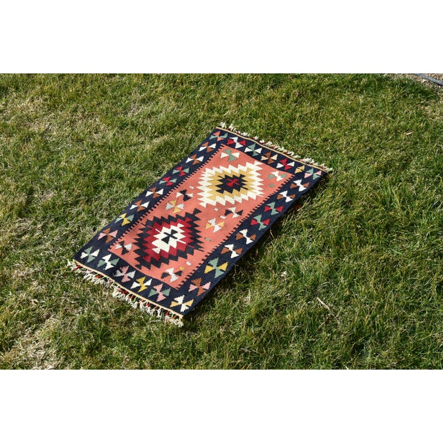 Vintage Hand Knotted Traditional Southwestern Style Anatolian Kilim Rug For Sale - Image 9 of 13