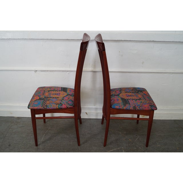Mid-Century Modern Mid Century Italian Spindle Back Dining Chairs - Set of 4 For Sale - Image 3 of 10