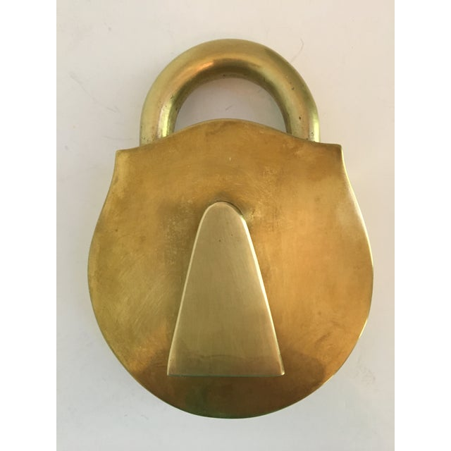 English Rare - Mid-Century Virginia Metalcrafters Solid Brass Padlock Box For Sale - Image 3 of 13