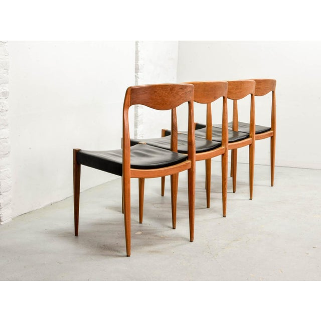 1950s Set of Four Mid-Century Scandinavian Design Leatherette Dining Chairs After n.o. Moller, Early Edition Model 71, Denmark, 1950s For Sale - Image 5 of 12