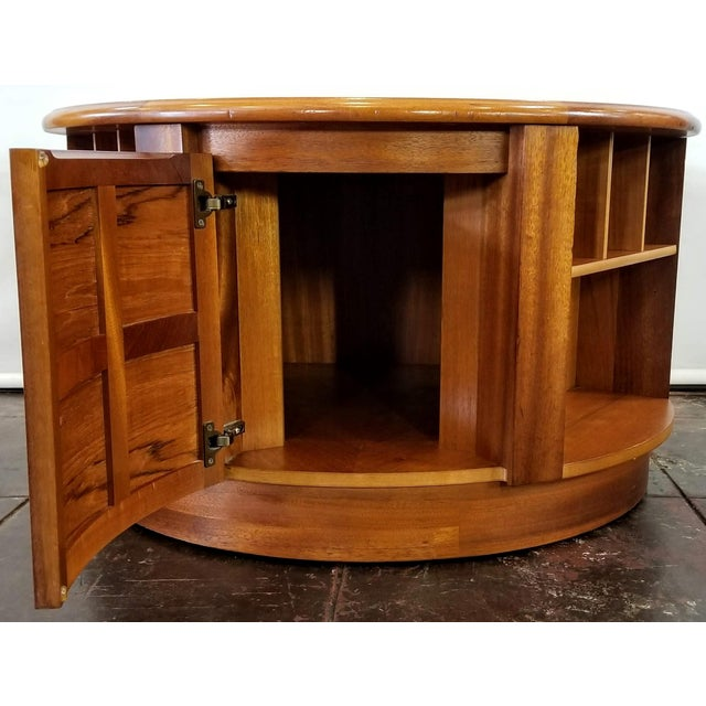 Mid Century Modern Man Cave /Bookcase/Bar / Storage Coffee Table By: Nathan For Sale - Image 9 of 13