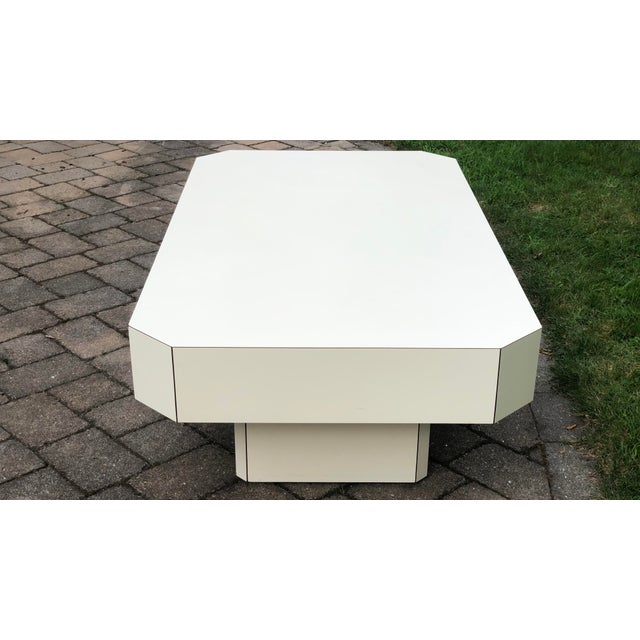 White 1980s Geometric Laminate Coffee Table For Sale - Image 8 of 13