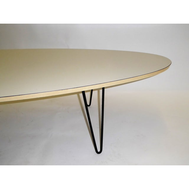 Mid-Century Modern Long Surfboard Cocktail Coffee Table C. 1950s For Sale - Image 4 of 13