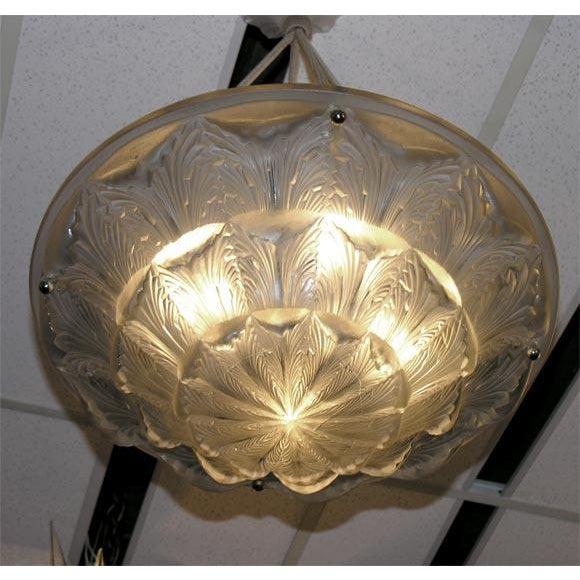 "René Lalique Deco Chandelier ""Gaillon"" For Sale In New York - Image 6 of 7"