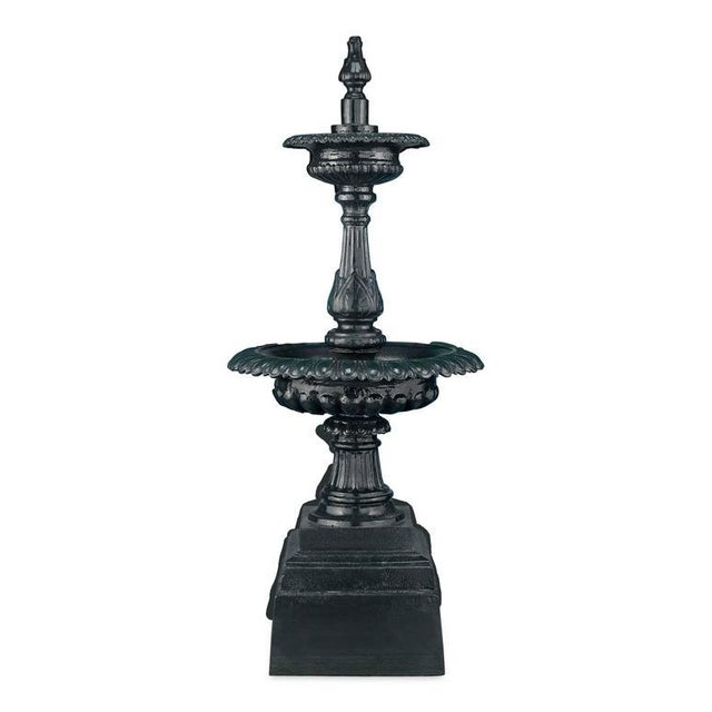 This stately Roman Minimus fountain adds an attractive splash to one's outdoor décor. Crafted in a classic two-tiered...