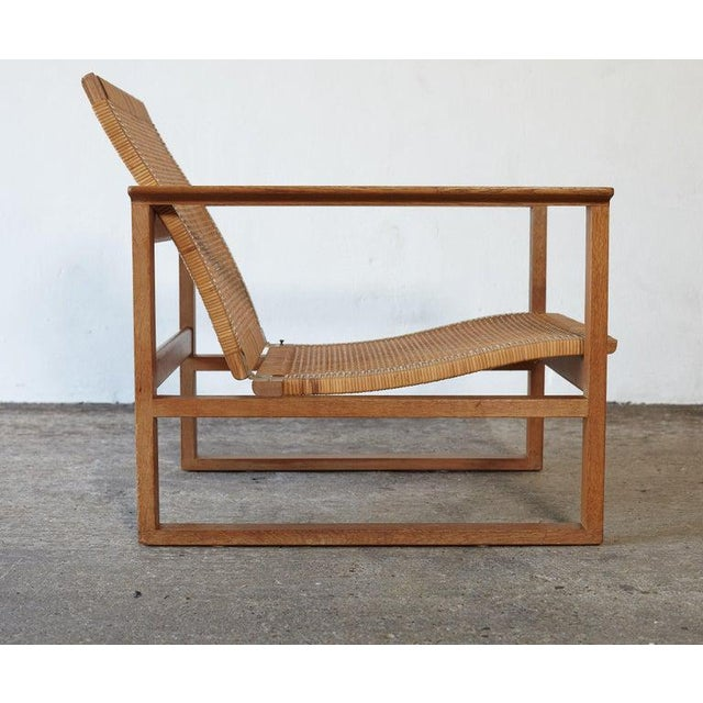Wood Børge Mogensen 2256 Oak and Cane Sled Lounge Chair, Fredericia, Denmark, 1950s For Sale - Image 7 of 13