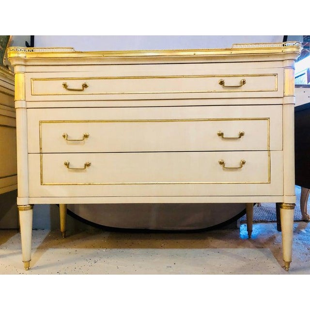 Maison Jansen Style Hollywood Regency Commodes, Dressers, Nightstands, a Pair For Sale - Image 4 of 13