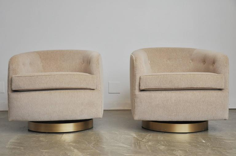 Pair Of Milo Baughman Swivel Chairs On Brushed Bronze Bases   Image 2 Of 6