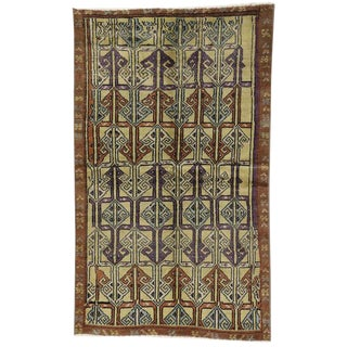 "Vintage Turkish Oushak Accent Rug, Entry or Foyer Rug - 3'04"" X 5'06"" For Sale"