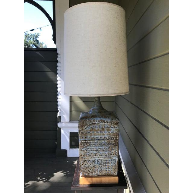 1970's Brutalist Oversized California Pottery Ceramic Lamp - Image 3 of 8
