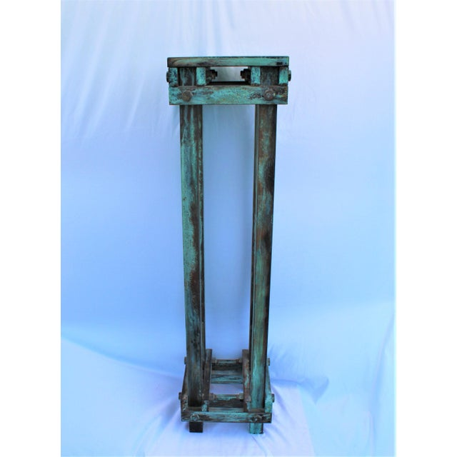 Art Deco Mid-Century Design Antiqued Green Finish Steel Pedestal For Sale - Image 9 of 9