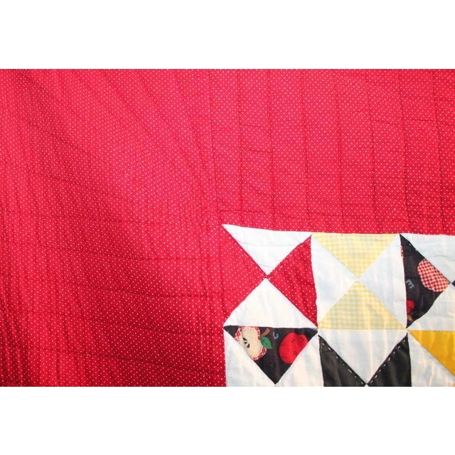 This amazing mini-pieced crib quilt is in fantastic condition and was found in Pennsylvania. This hand pieced quilt has a...