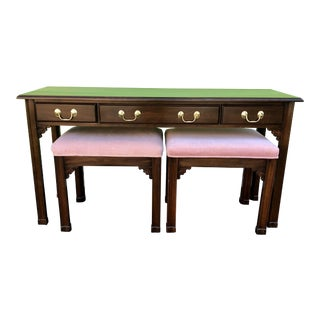 20th Century Traditional Harden Furniture Console Table & Bench Seats - 3 Pieces For Sale