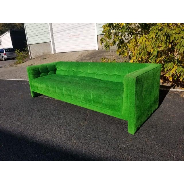 Vintage Mod Retro Mid-Century Modern Kelly Green Velvet Sofa For Sale - Image 4 of 6